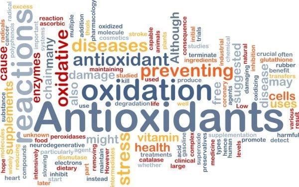 آنچه درباره ی ویتامین ها و آنتی اکسیدان ها باید بدانیم