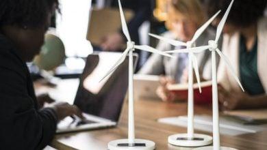 سرمایه گذاری در انرژی تجدیدپذیر