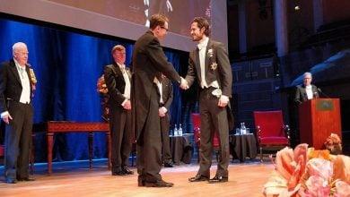 Photo of اعطای مدال طلا به Jens Nielsenبرای تحقیقات در زمینه سیستم بیولوژی