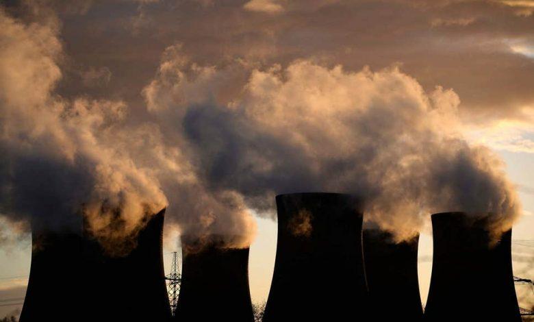 فرماندار اورگن، Kate Brown در تاریخ 10 مارچ حکم اجرایی جدیدی را برای کاهش انتشارات کربن و گازهای گلخانهای تعیین میکند. هدف نهایی این سری دستورات مبارزه با تغییرات گستردهی آب و هوایی و گسترش برنامهی Oregon's Clean Fuel Program در این ایالت میباشد.